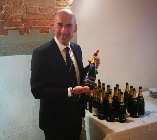 """""""Imparare a degustare il Vino"""" – Degustazione guidata alla cieca con Massimiliano Cappelli Sommelier"""